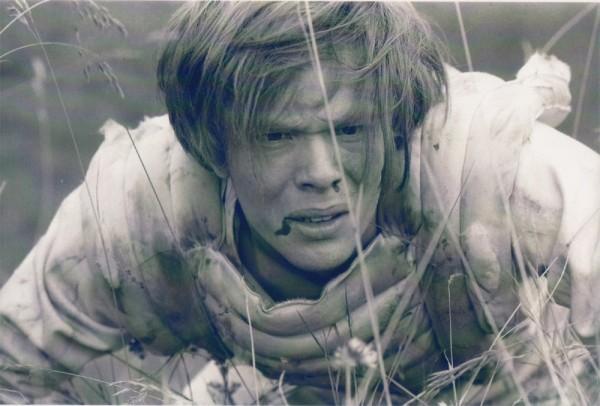 Kuno, protagonista de la novela de Foster, en el capítulo que trasladó la novela a la televisión británica. Fuente: http://www.bfi.org.uk/